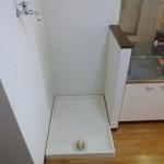 洗濯パン付の室内洗濯機置場です。