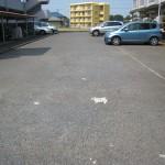 駐車場たっぷりございます(外観)