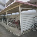屋根付きの駐輪場です(外観)