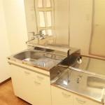 二口コンロ設置可の広々としたキッチンです。(キッチン)